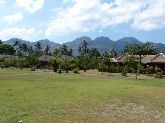 Hotel mit Berg- und Meerblick