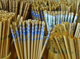 Bleistifte oder Stäbchen?