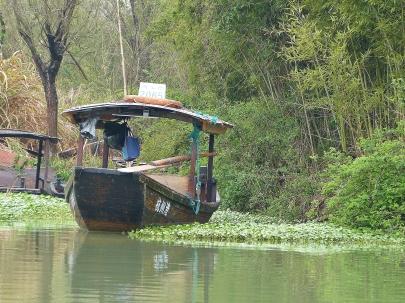 Idyllische Bootsfahrt