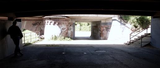 Under the briiiiidge