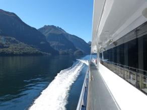 Fahrt durch den Doubtful Sound