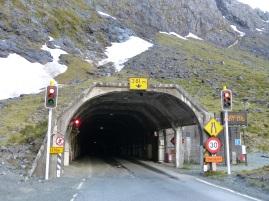 Kurze Wartezeit vorm Homer Tunnel