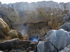 Pancake Rocks & Blowholes