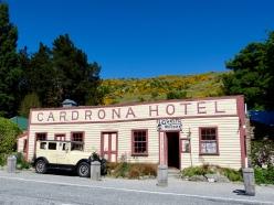 Cardrona Hotel an der Crowns Range Road