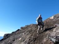 Rutschpartie auf Asche und Steinchen